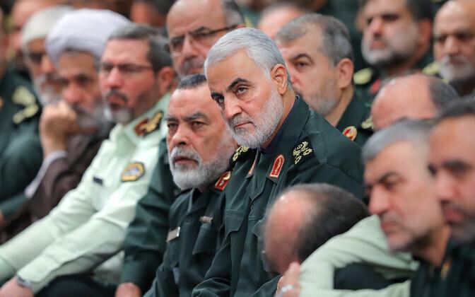 Iraani mõjukas kindral Qasem Soleimani (keskel).