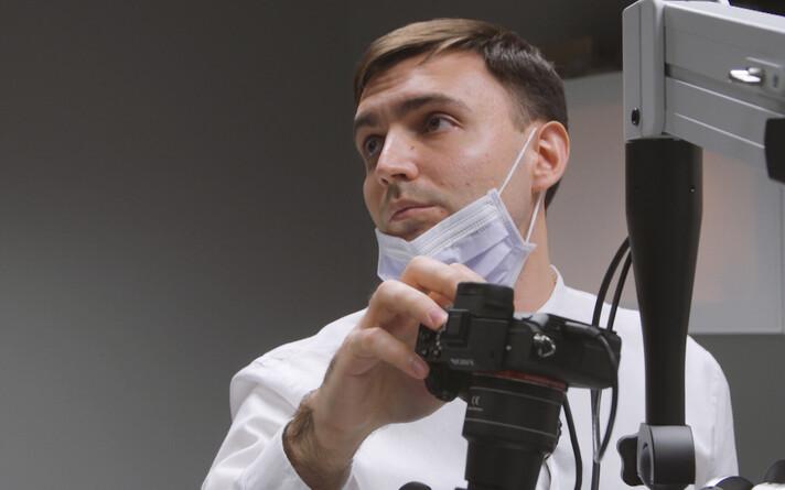 Стоматолог Дмитрий Дзюба.