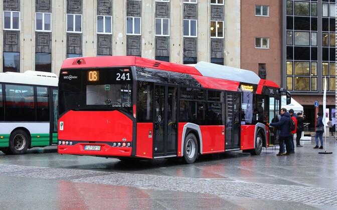 Закупленные Таллинном новые автобусы.