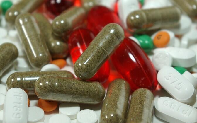 Оптовые продавцы снабжают больничные и розничные аптеки лекарствами, формирование стоимости которых не является прозрачным. Иллюстративная фотография.