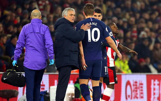 Harry Kane sai vigastada aasta esimesel päeval mängus Southamptoni vastu
