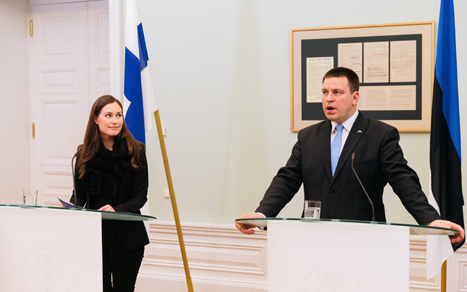 Finnish Prime Minister Sanna Marin and Prime Minister Jüri Ratas speaking at a press conference.