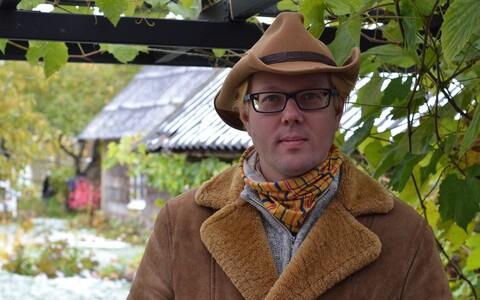 Kirjanik Vahur Afanasjev.