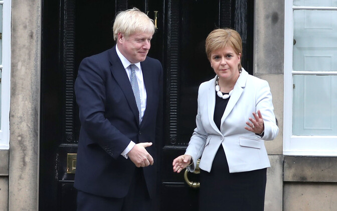 Boris Johnson ja Nicola Sturgeon.