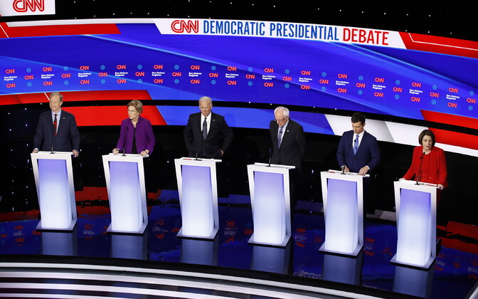 Demokraatidest presidendikandidaatide debatt: vasakult Tom Steyer, Elizabeth Warren, Joe Biden, Bernie Sanders, Pete Buttigieg ja Amy Klobuchar