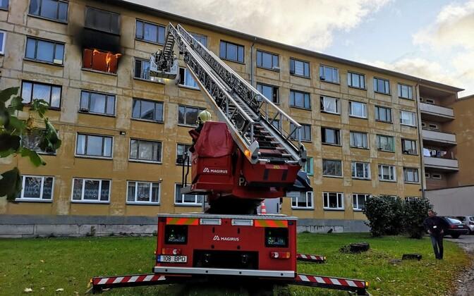 Пожар в социальном доме в Кохтла-Ярве.