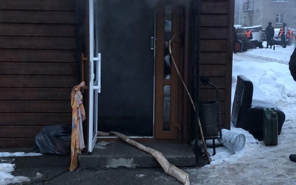 Трубу прорвало в мини-отеле «Карамель.