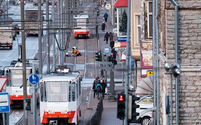 Trammid Tallinnas Tartu maanteel.