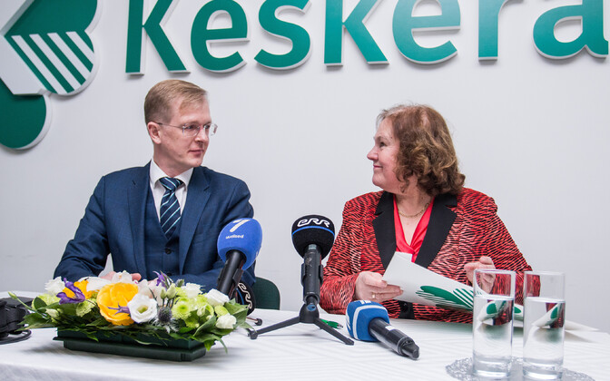 Председатель Таллиннского горсобрания Тийт Терик и Хельве Сяргава стала однопартийцами.