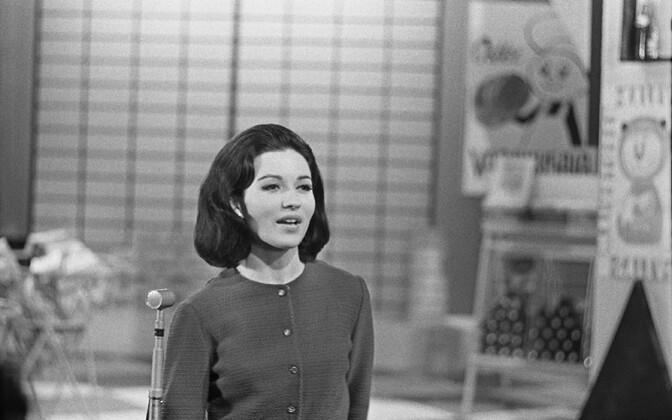 Laulja Els Himma ETV stuudios, meelelahutussaade. 1960ndad