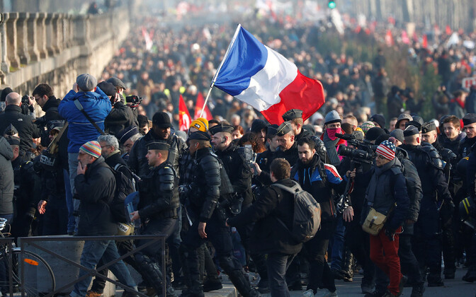 Pensionireformi vastane streik Pariisis.