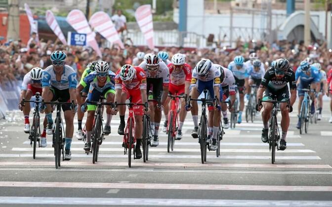 Rudy Barbier (Israel Start-Up Nation võitmas San Juani velotuuri avaetappi. Norman Vahtra sai 12. koha