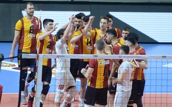 Oliver Venno jaIstanbuli Galatasaray