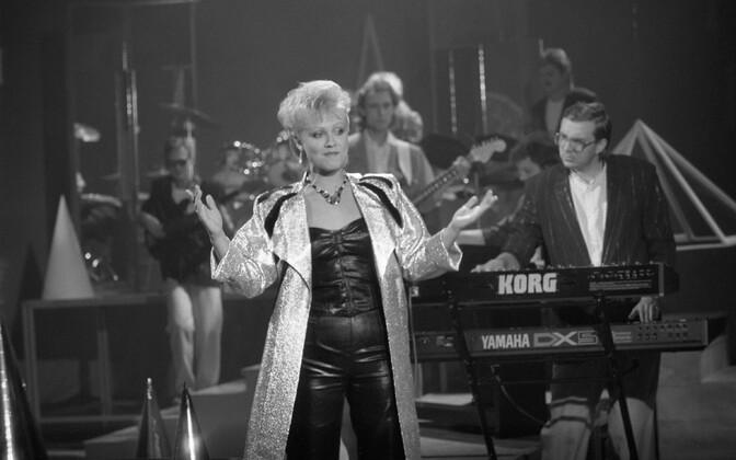 Laulja Anne Veski ja Ain Tammesson ansambel Nemo 1986