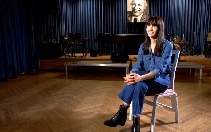 R2TV Anna Kaneelina