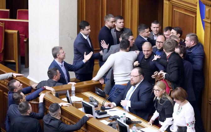 Rüselus Ukraina ülemraadas.