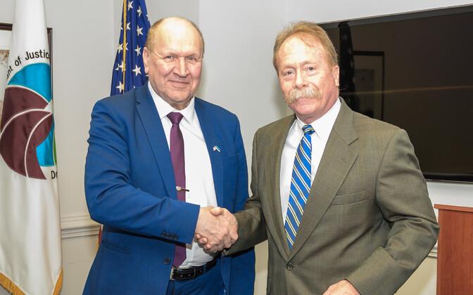 Interior Minister Mart Helme (EKRE) with DEA chief Preston L. Grubbs.