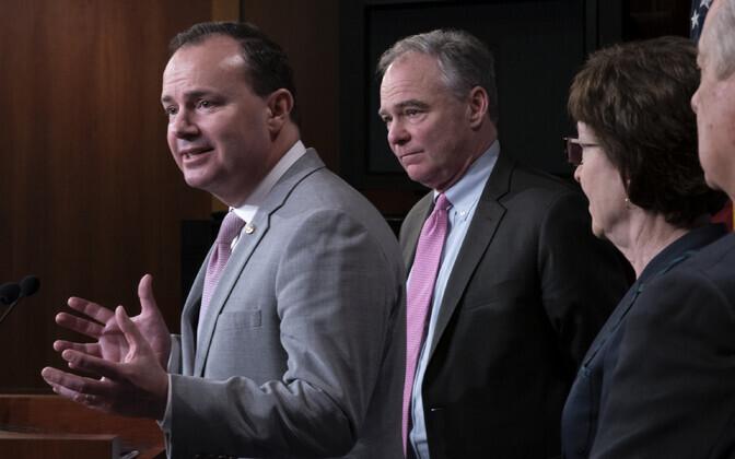 Vabariiklasest senaatorid Mike Lee ja Susan Collins ning demokraadist senaator Tim Kaine.