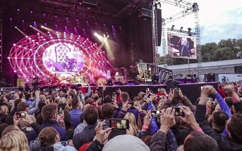 Foto Queeni kontserdilt