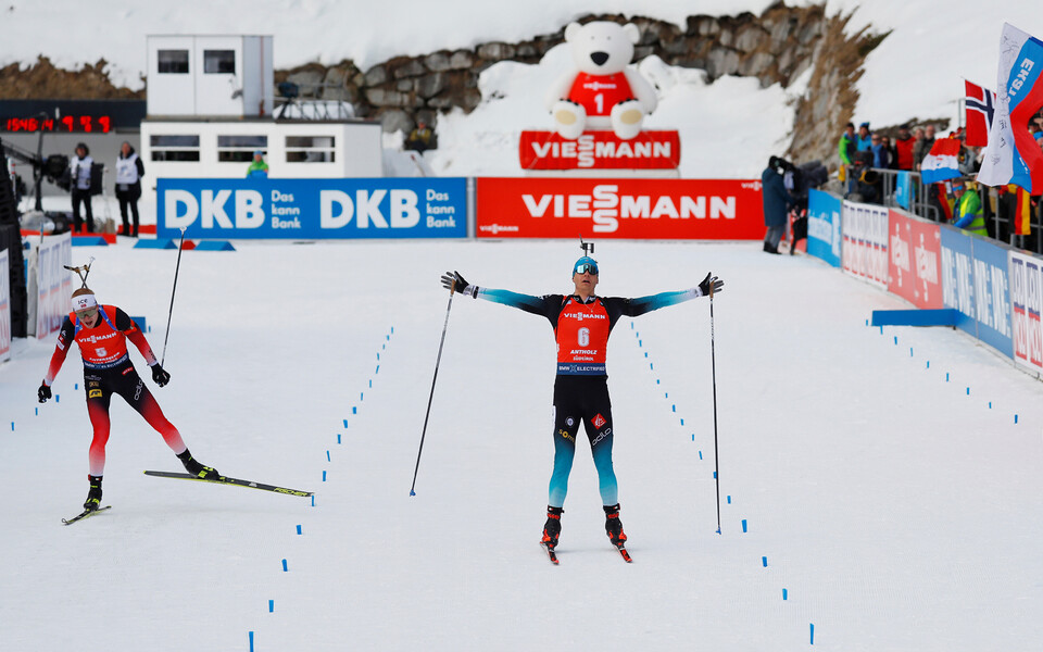 Emilien Jacquelin võitis Anterselva MM-il jälitussõidu