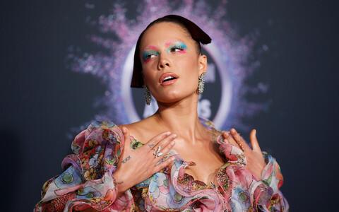 Halsey Ameerika 2019. aasta muusikaauhindade jagamisel Los Angeleses, Californias.