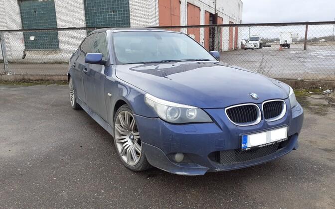 Полиция кофисковала BMW у водителя, который никогда не имел прав.