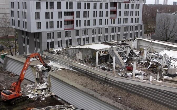 Трагедия в Золитуде унесла 54 жизни.