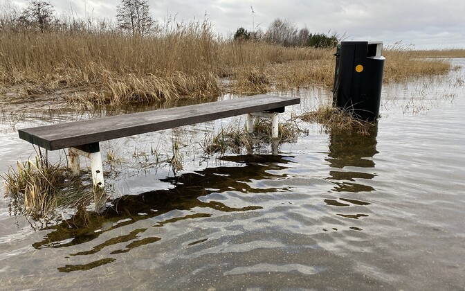 Üleujutus Haapsalus Paralepa rannas.