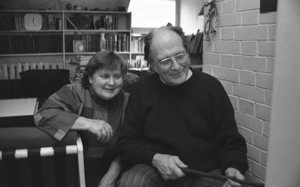 Kirjanikud Ellen Niit ja Jaan Kross