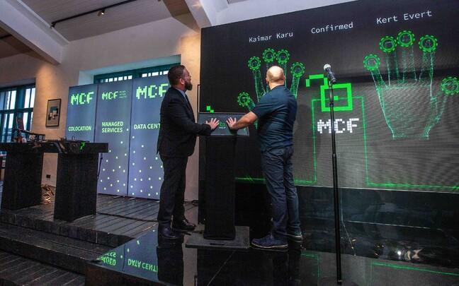 Каймар Кару и Керт Эверт открывают первый этап строительства дата-центра.