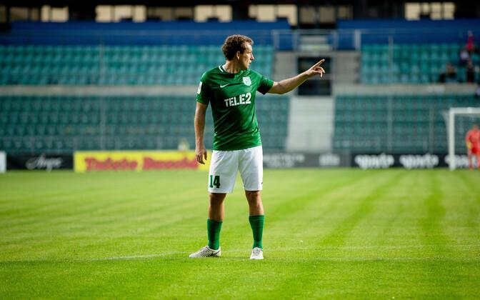 Константин Васильев теперь будет выводить команду на поле.