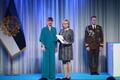 President Kersti Kaljulaid andis üle teenetemärgid. Piret Kriivan – raadioajakirjanik ja eesti keele ning kultuuri hoidja.