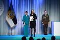 President Kersti Kaljulaid andis üle riiklikud teenetemärgid. Liivi Laos – MTÜ Hingesillad looja ja hingeabi edendaja.