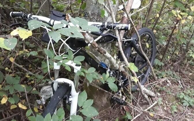 Велосипед нелегального путешественника из Франции.
