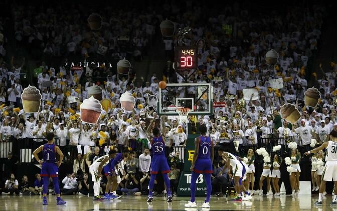 Kansas Jayhawks tõusis nädalavahetusel NCAA esinumbriks
