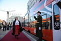 Exclusive Elron train invites specially-invited guests from Tallinn, to the presidential reception in Viljandi.