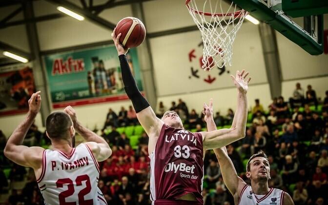 Martins Meiers Läti korvpallikoondisele punkte toomas