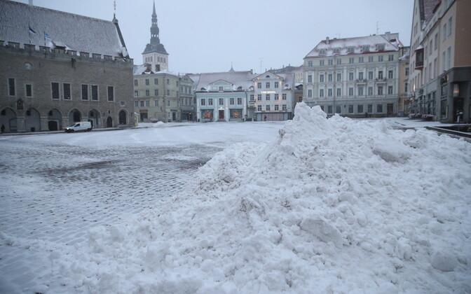 26 февраля впервые зимой 2020 года в Таллинне выпал снег, который не растаял утром.