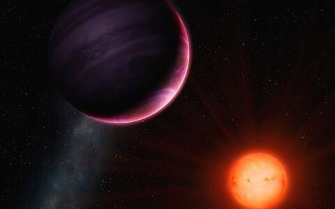 NGTS-10b asub meist umbes tuhande valgusaasta kaugusel ja kuulub niinimetatud kuuma Jupiteri tüüpi.