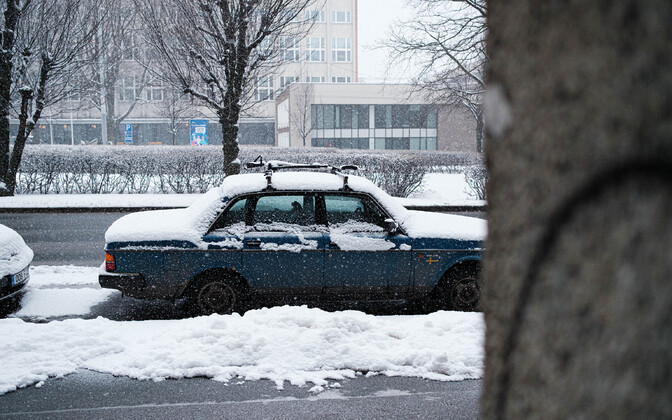 Snowfall in central Tallinn on Wednesday.