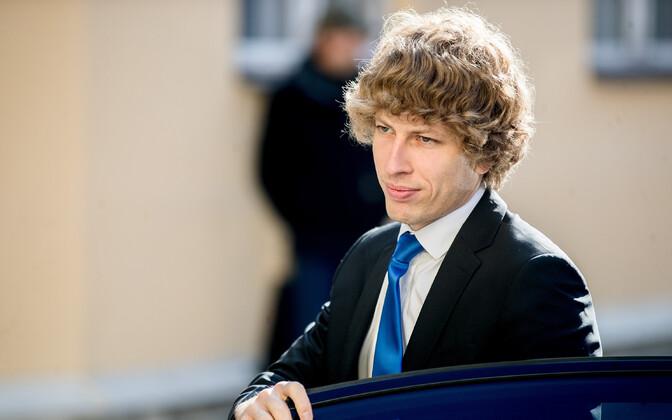 О том, что в Эстонии официально зарегистрирован первый случай заболевания коронавирусом, сообщил Танель Кийк.