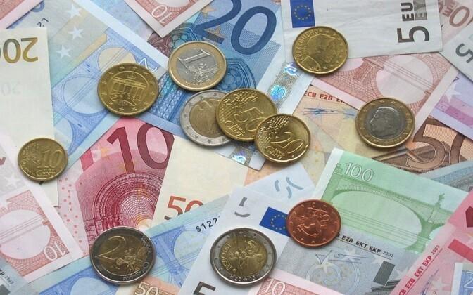 Средняя зарплата в Эстонии продолжает расти.