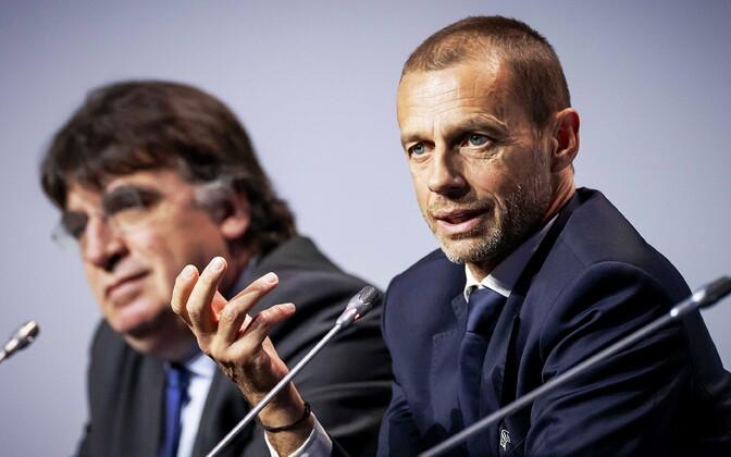 UEFA peasekretär Theodore Theodoridis (vasakul) ja president Aleksander Ceferin