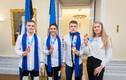 Участники юношеских Олимпийских игр в Доме Стенбока.