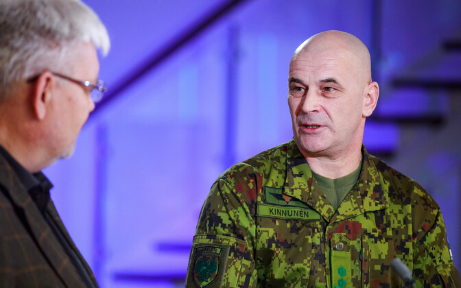 Lt. Col. Eero Kinnunen being interviewed by ERR's Toomas Sildam on Wednesday's edition of