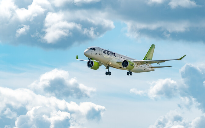 Air Baltic Airbus A220-300.