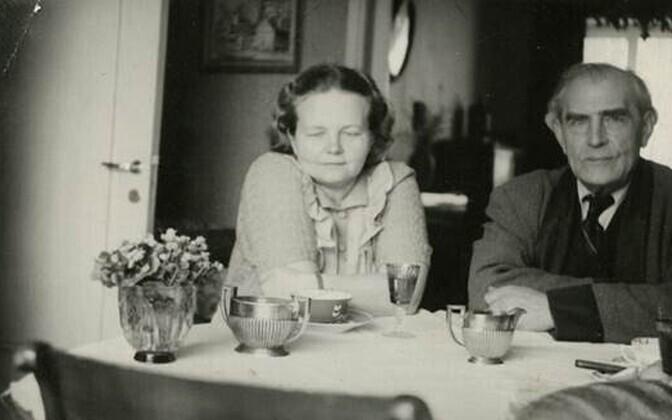 Fotol on Ellu ja Heino Eller.