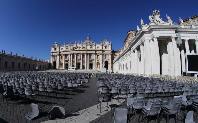 Püha Peetruse väljak Vatikanis 4. märtsil.