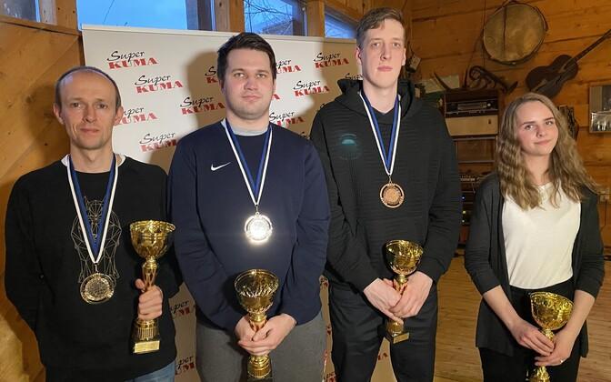 Sudoku MM-ile sôidavad Eestit esindama (vasakult) Tiit Vunk, Tauri Purk, Ragnar Kruberg ja Anna-Brigita Topkin.