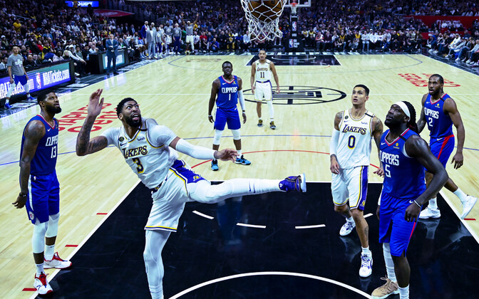Los Angeles Clippers - Los Angeles Lakers